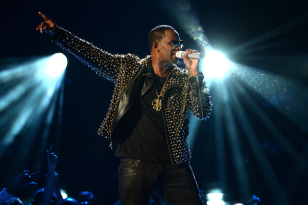 "R Kelly releases new song ""Tear It Up"" featuring Future."