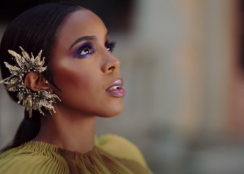 Kelly Rowland Flowers video